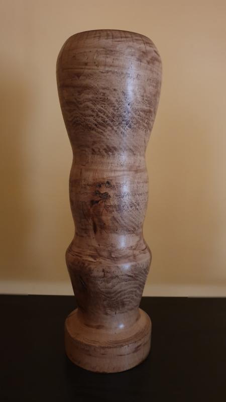 Drewniany toczony wazon K1M2