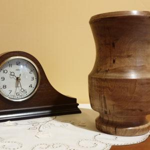 Drewniany wazon K1M8