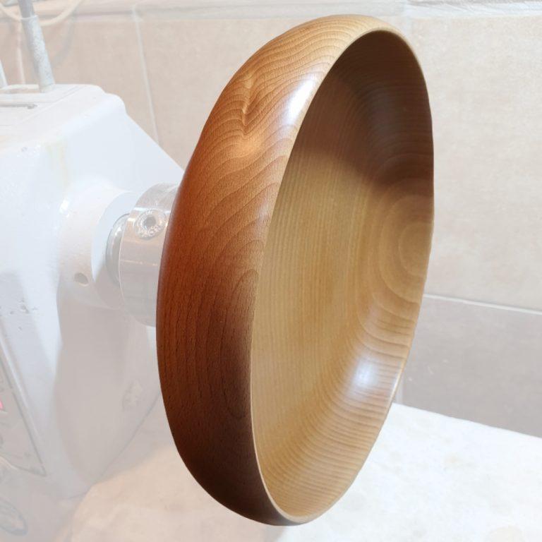 Toczona ręcznie miska drewniana smart 24 cm