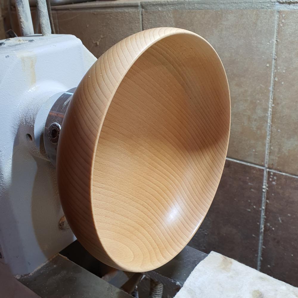 Duża miska drewniana