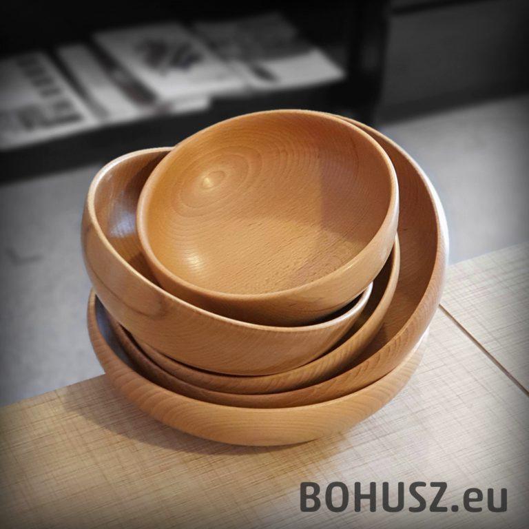 Jakie naczynia drewniane zamawiać - poradnik