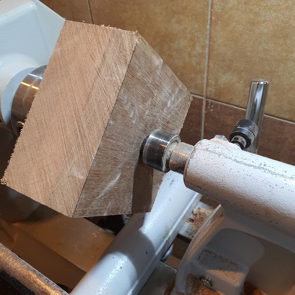 Drewno meranti toczenie miski