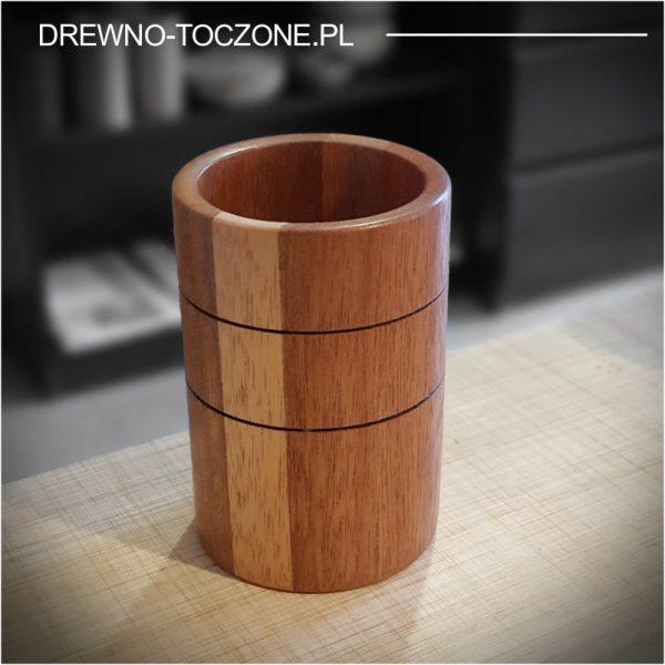 Duży kubek z drewna meranti
