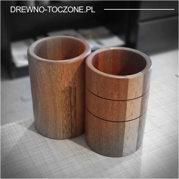Duży kubek z drewna meranti 1