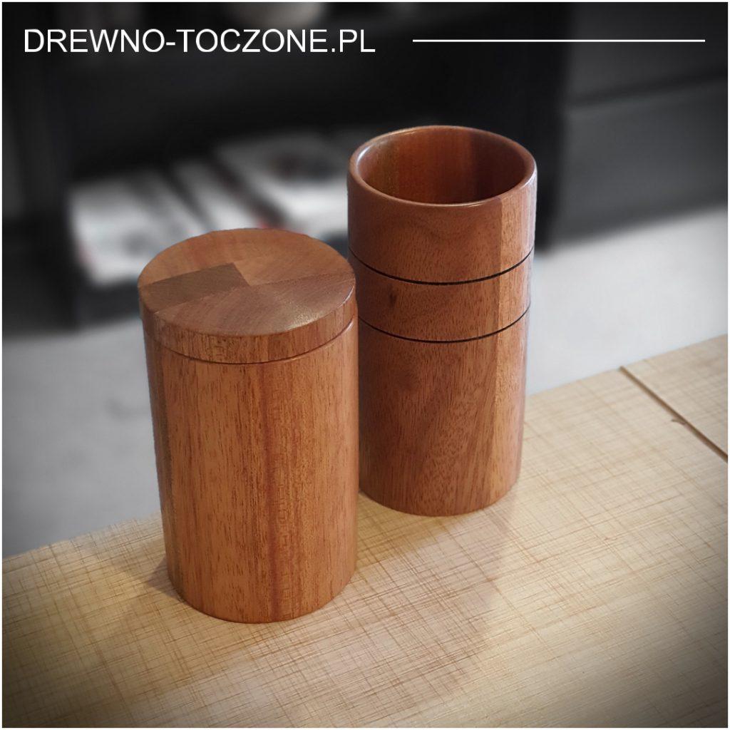 Drewniany kubek z przykrywką 6