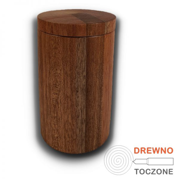Kubek drewniany z przykrywką