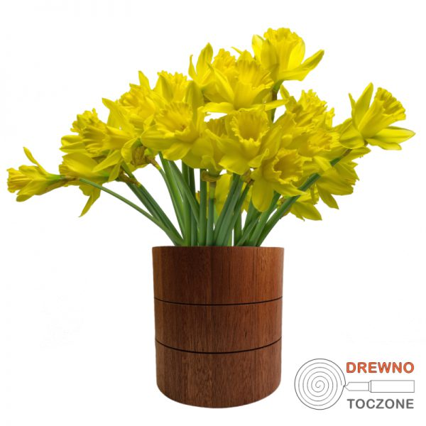 Wazon pojemnik drewno i kwiaty