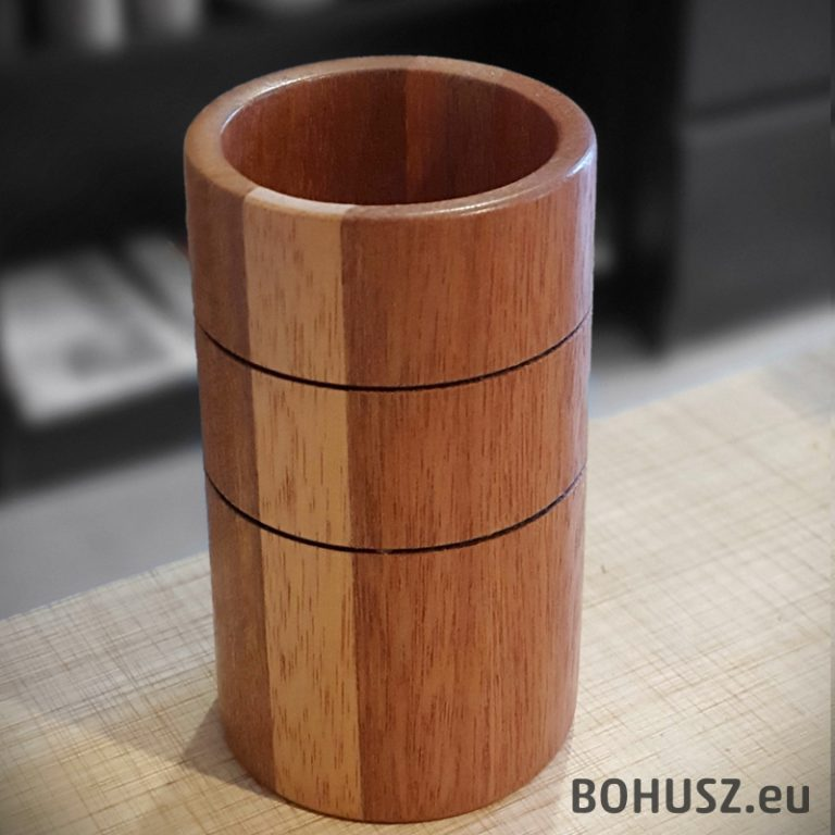 Wysoki kubek - wazonik drewno meranti