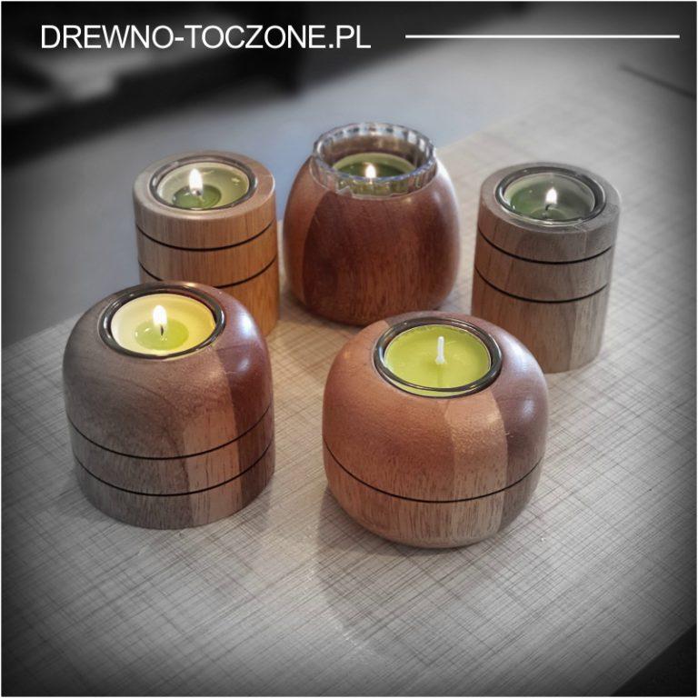 Świeczniki drewniane - ekspozycja