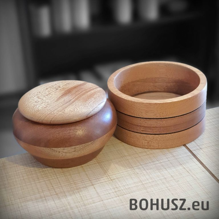 Szkatułki drewniane ręcznie robione na tokarce
