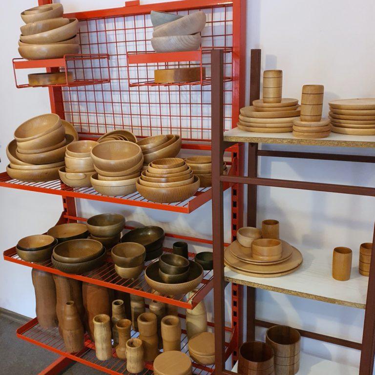 Kolekcje wyrobów drewnianych, miski drewniane